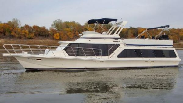 Bluewater Yachts 51 Coastal Cruiser