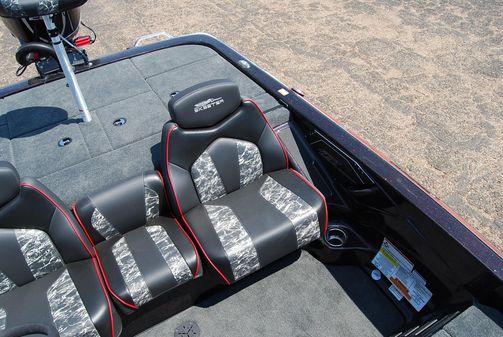 Skeeter ZX 200 image