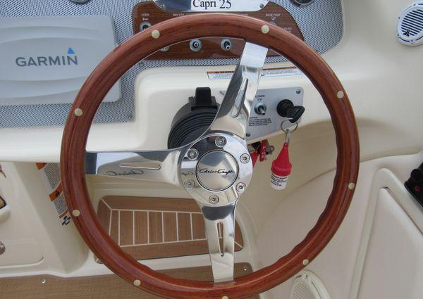 Chris-Craft Capri 25 image