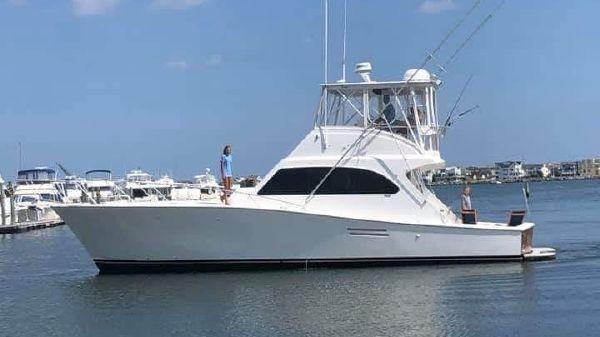 Post 47' Convertible Post Yachts