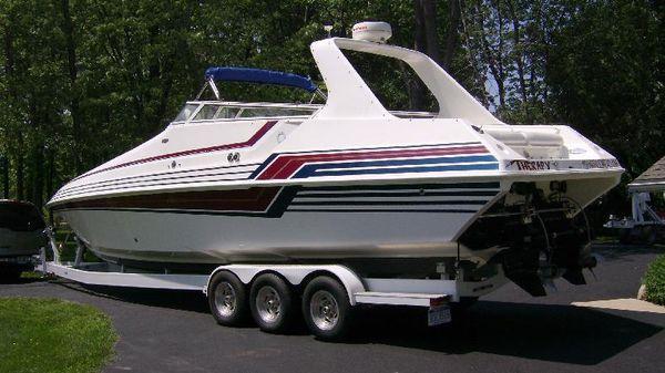 Fountain 38' Sport Cruiser