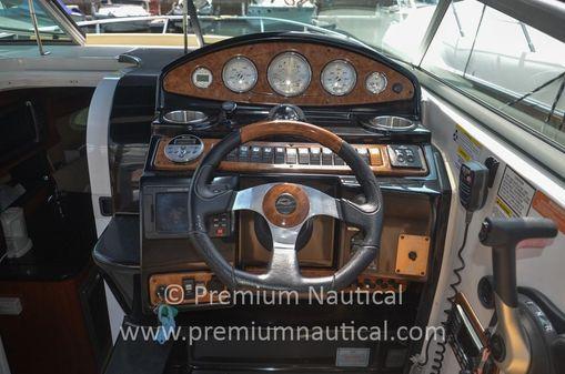 Rinker 260 Express Cruiser image