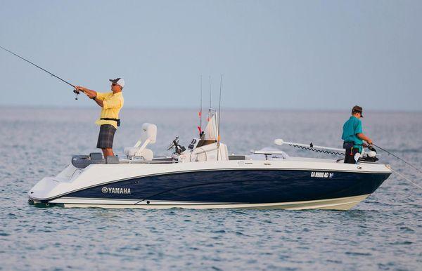 2018 Yamaha Boats 210 FSH Deluxe