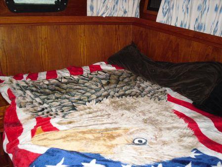Cooper Prowler Aft Cabin 35' image