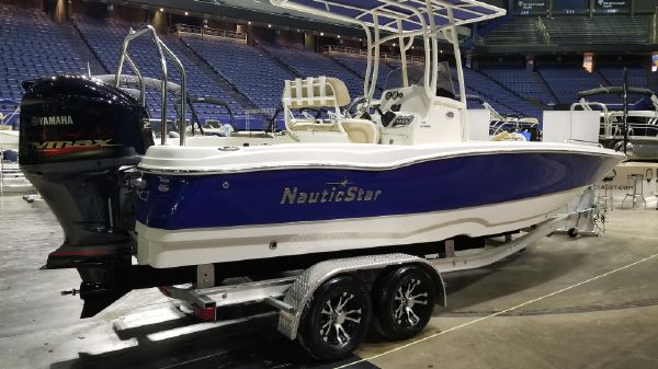 NauticStar 231 Hybrid