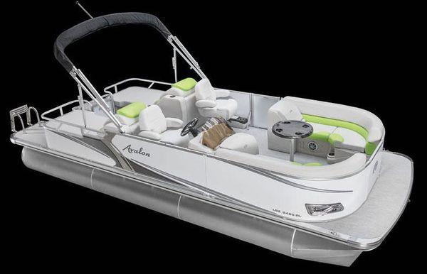 2019 Avalon LSZ Rear Lounger - 26'