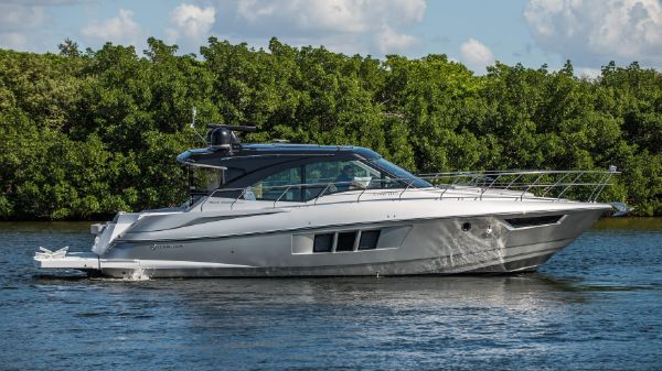 Cruisers 45 Cantius Black Diamond