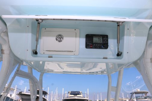 Yellowfin 39 Center Console image