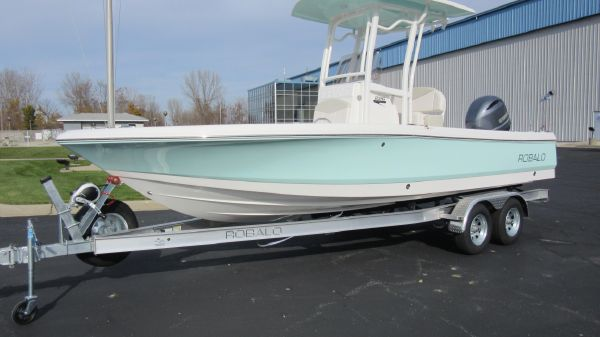 Robalo 226 Cayman PROFILE, TRAILER INCLUDED