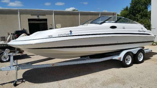 Chris-Craft 230 Sport Deck