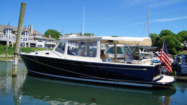 MJM Yachts 36z Downeast