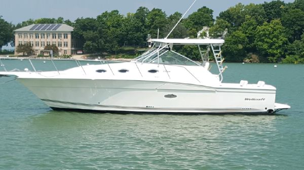 Wellcraft Coastal 3300