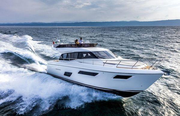 2020 Ferretti Yachts 450