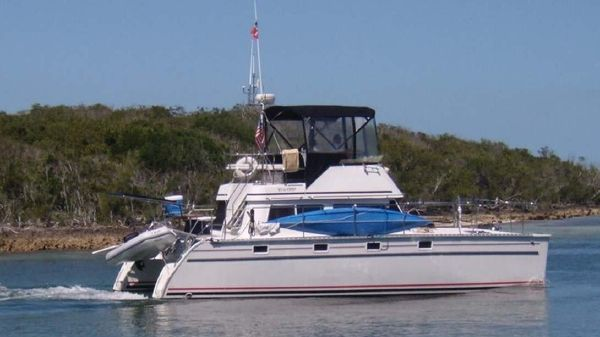 PDQ MV 34 Power Catamaran