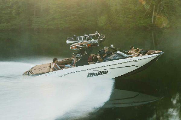 Malibu Wakesetter 25 LSV - main image