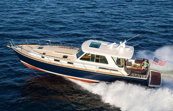 2017 Sabre Yachts 54 Salon Express