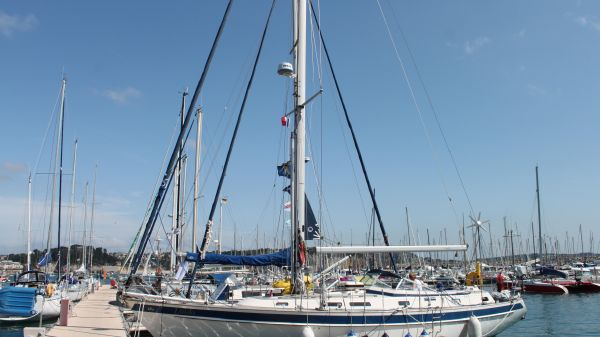 Used Hallberg-Rassy 42F Boats For Sale - Plymouth Yacht Brokers in