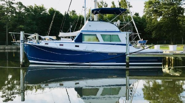 Wilbur 38 Downeast Flybridge