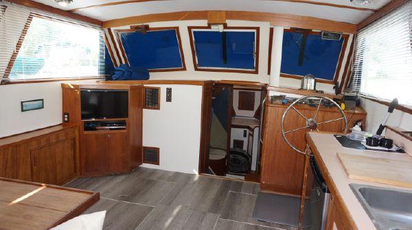 Wilbur 38 Downeast Flybridge image