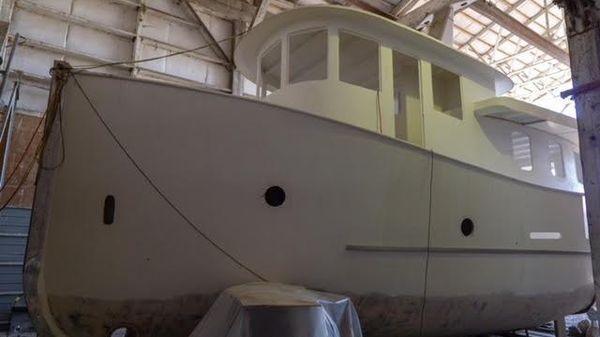 Peregrine Yachts Fantail Tug