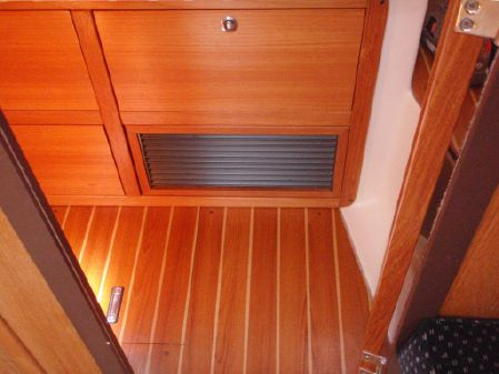 Catalina 310 image