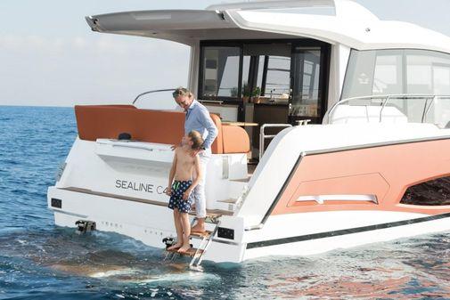 Sealine C 430 image