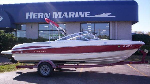Maxum MAXUM 2000 SR