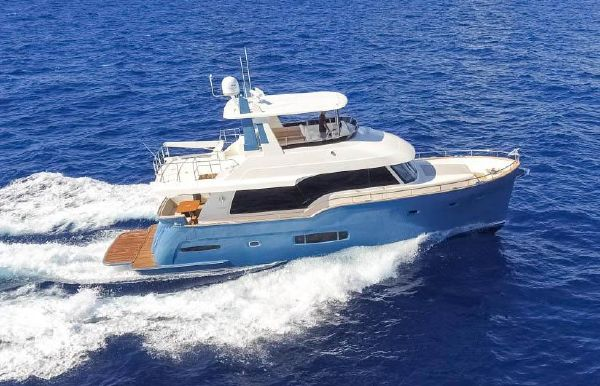2022 Outer Reef Trident 620
