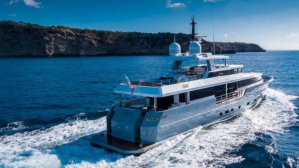 Admiral Custom Classique 35