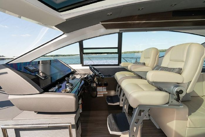 2017 Cruisers Yachts BoatsalesListing Connecticut