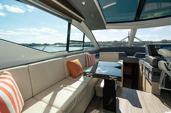 2017 Cruisers Yachts Buy Purchase