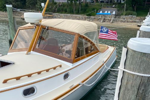 CH Marine Shelter Island Runabout image