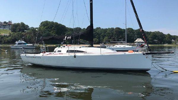 J Boats J/99