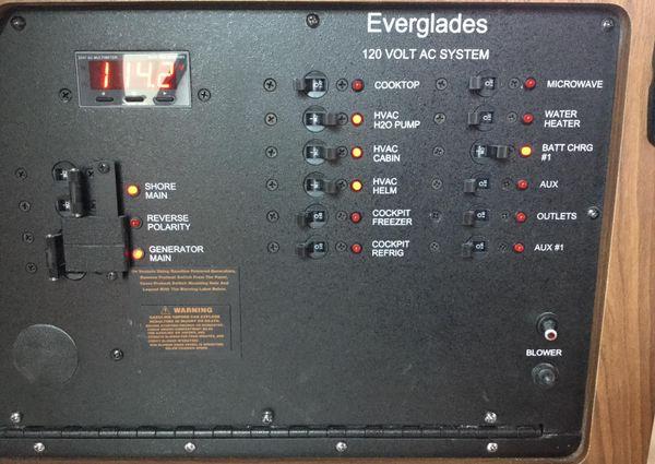 Everglades 320EX image