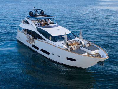 2015 Sunseeker<span>28 Metre Yacht</span>