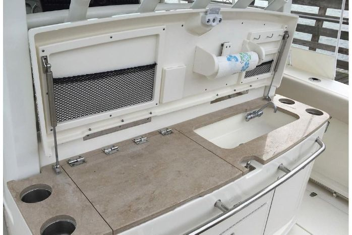 2018 Boston Whaler 380 Outrage - Gage Boats