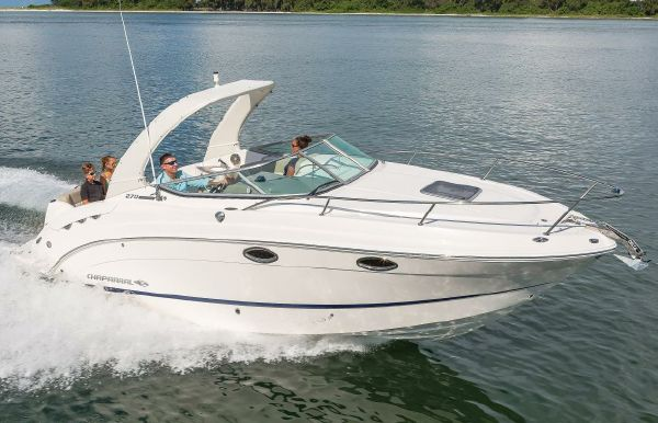 2019 Chaparral 270 Signature
