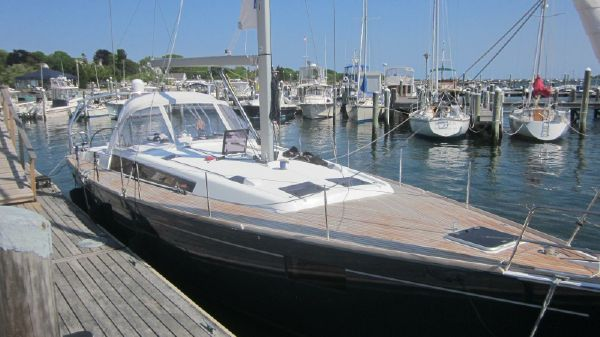Beneteau Oceanis 48 Beneteau 48 Gypsea Winds hull and deck from fwd