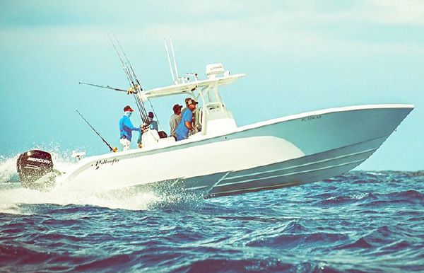 2021 Yellowfin 32 Offshore