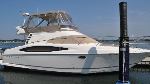 Regal 3880 Flybridge