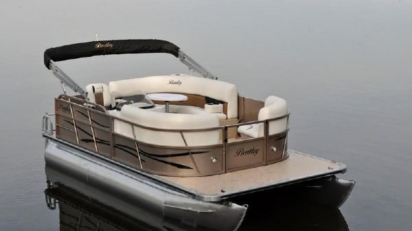 Bentley Pontoons Encore Boat Builders 180