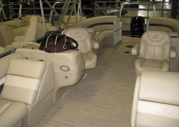 Misty Harbor 2285RU ADVENTURE TRI TOON image