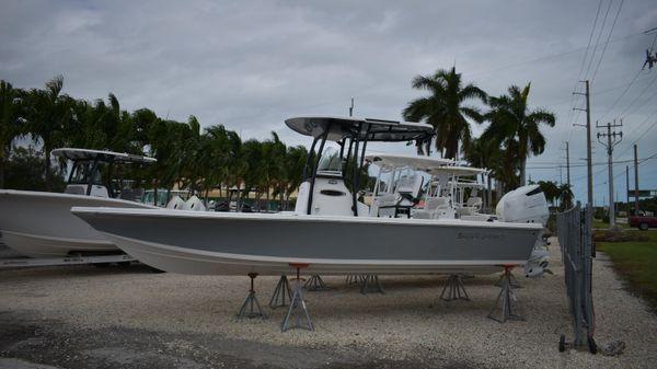 Sea Pro 248 Bay Boat