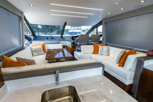 Sunseeker 52 Manhattan image