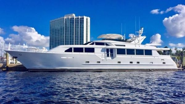 Broward Raised Pilothouse NO VACANCY