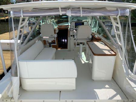 Hunt Yachts Harrier 36 image