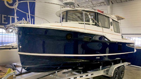 Ranger Tugs R-25