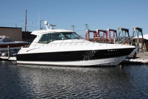 Cruisers Yachts 48 Cantius - main image