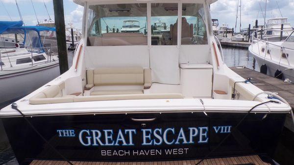 Tiara Yachts 3900 Coronet