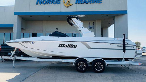 Malibu Wakesetter 24 MXZ